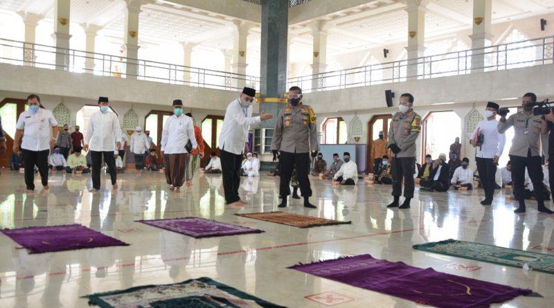 Bupati Zaki Gelar Simulasi Pembukaan Masjid Standar Protokol Kesehatan Covid-19