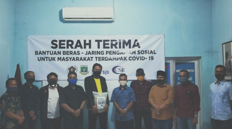 Forum CSR Gandeng PWI Banten Salurkan 5 Ton Beras