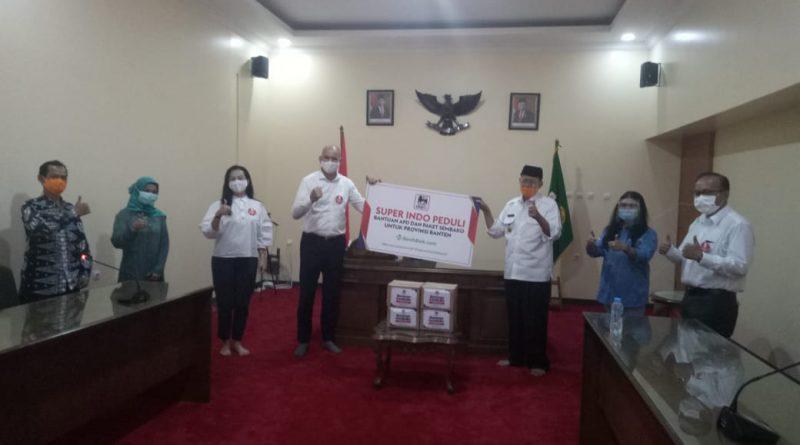 Pemprov Terima Bantuan Ratusan APD dan Paket Sembako, Gubernur: Kita Masih Harus Perangi Corona