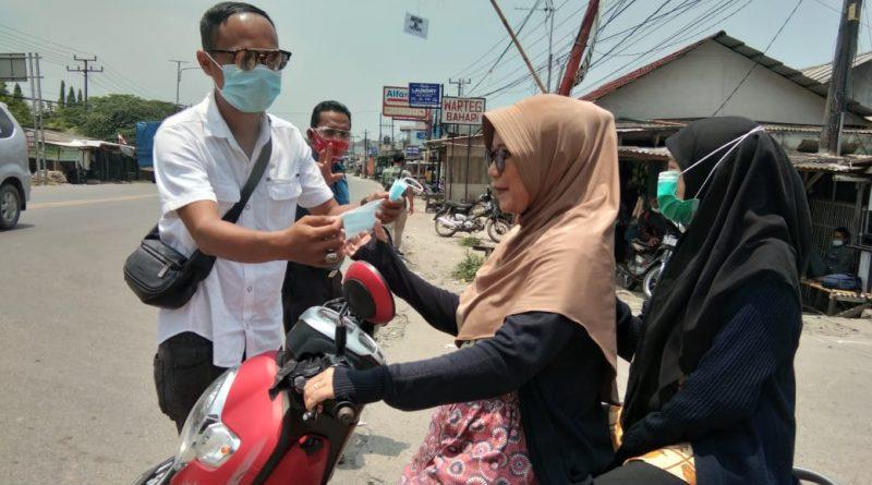PWI kabupaten Serang Bagikan Ratusan Masker
