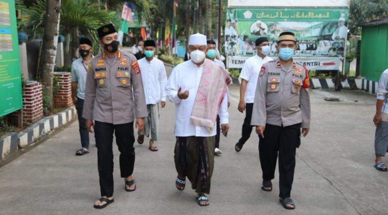 Kapolresta Tangerang Gaungkan Pesantren Tangguh Covid-19