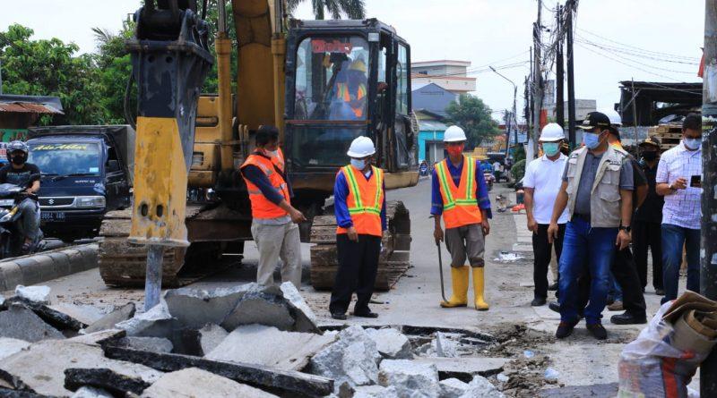 Pemkot Tangerang Targetkan Perbaikan Jalan Selesai Dalam 4 Bulan
