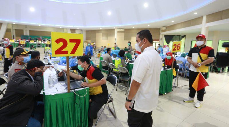 Hari Ke Dua Vaksinasi Untuk Petugas Pelayanan Publik Di Kota Tangerang