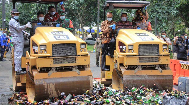 Pemkot Tangerang Musnahkan 3.140 Botol Miras Berbagai Jenis